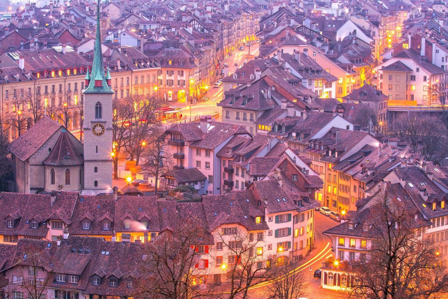 città vecchia di berna, capitale della svizzera in europa foto