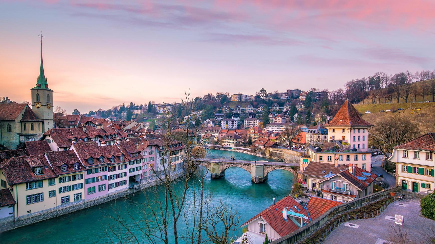 città vecchia di berna, capitale della svizzera foto