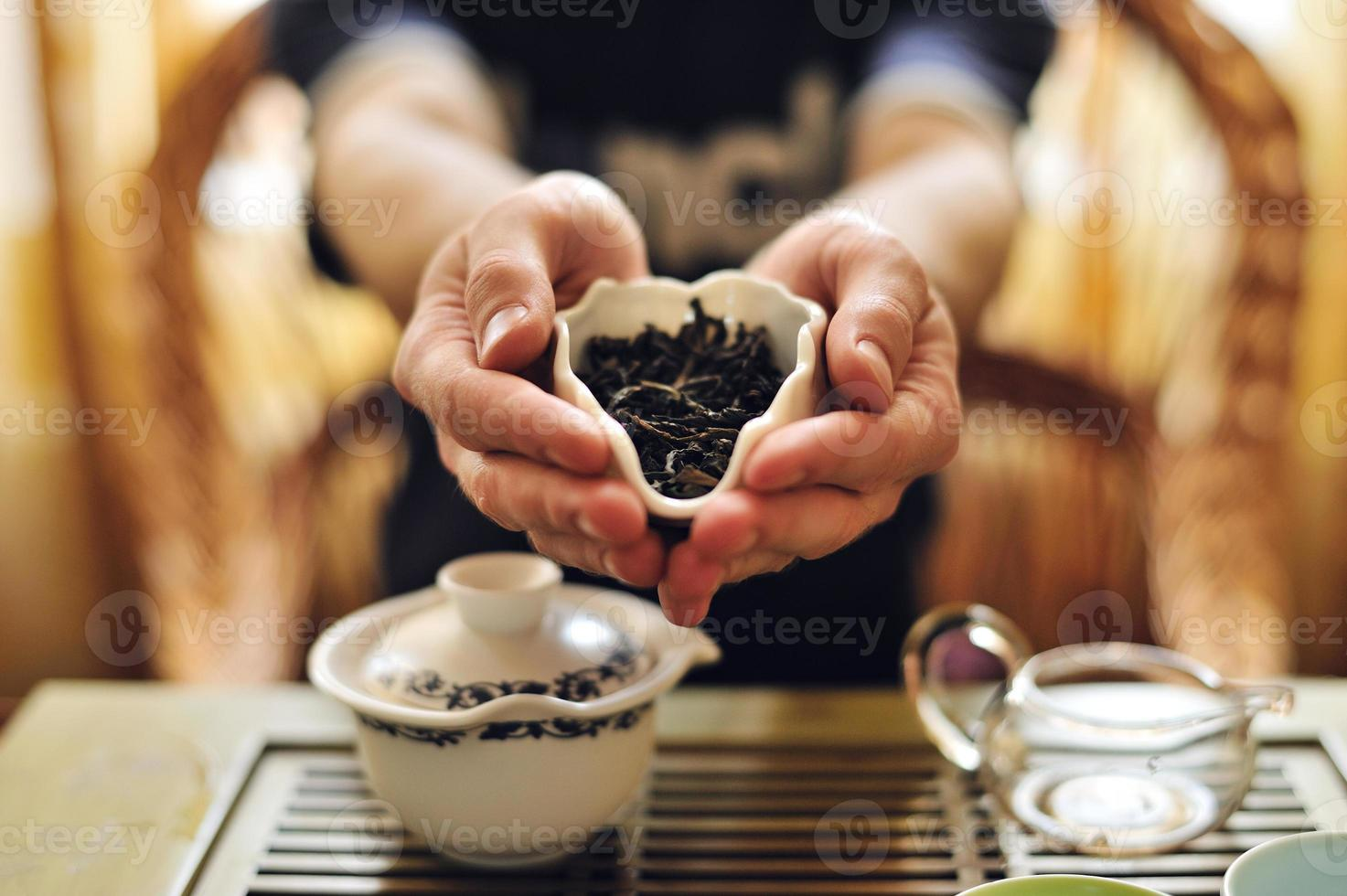 foglie di tè cinese foto