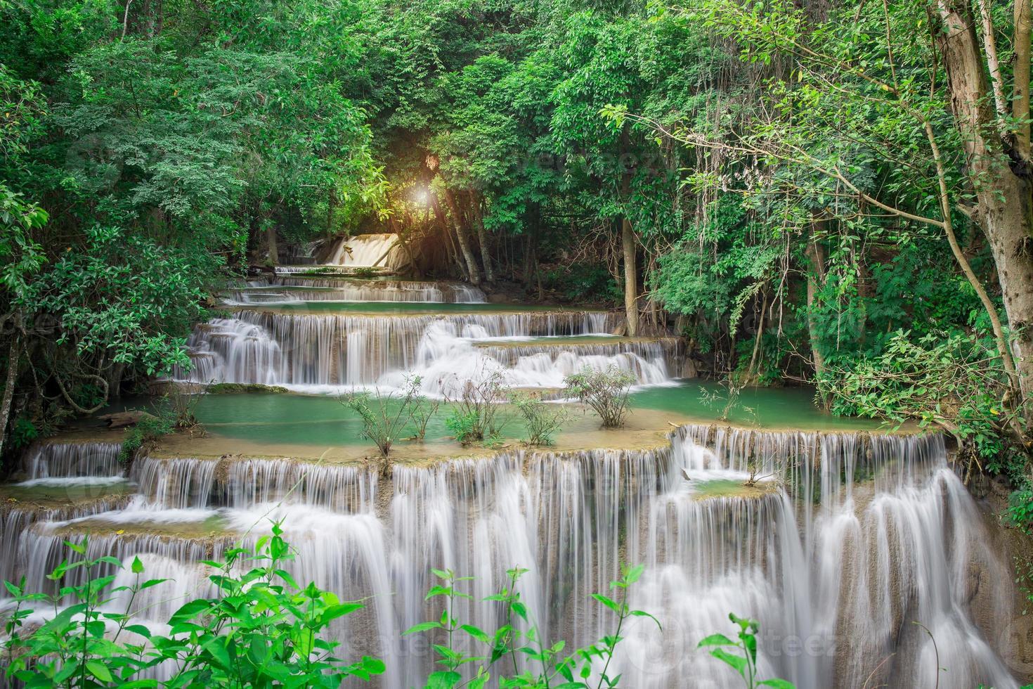 Thailandia cascata a Kanchanaburi (Huay Mae Kamin) foto
