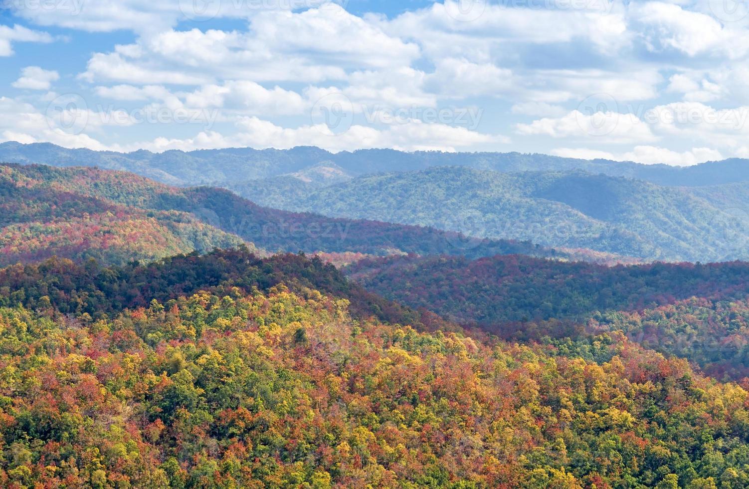 montagna colorata foto