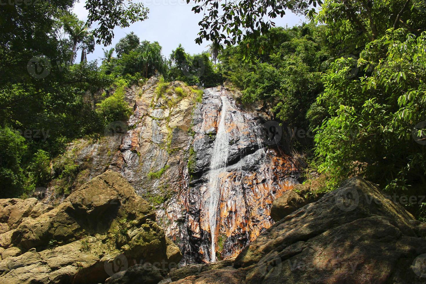 la bellissima cascata foto