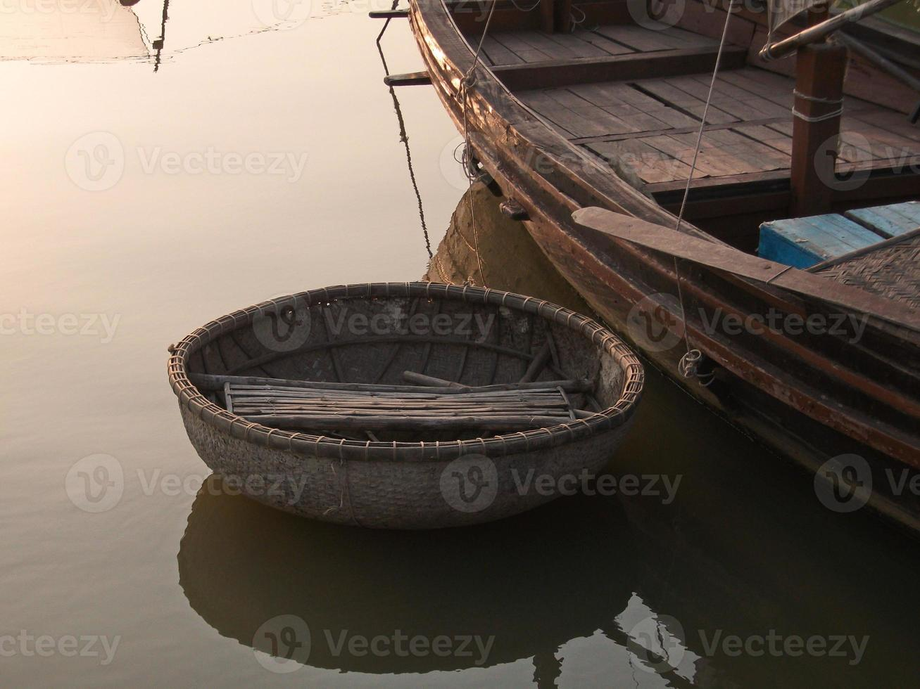 barca di bambù foto