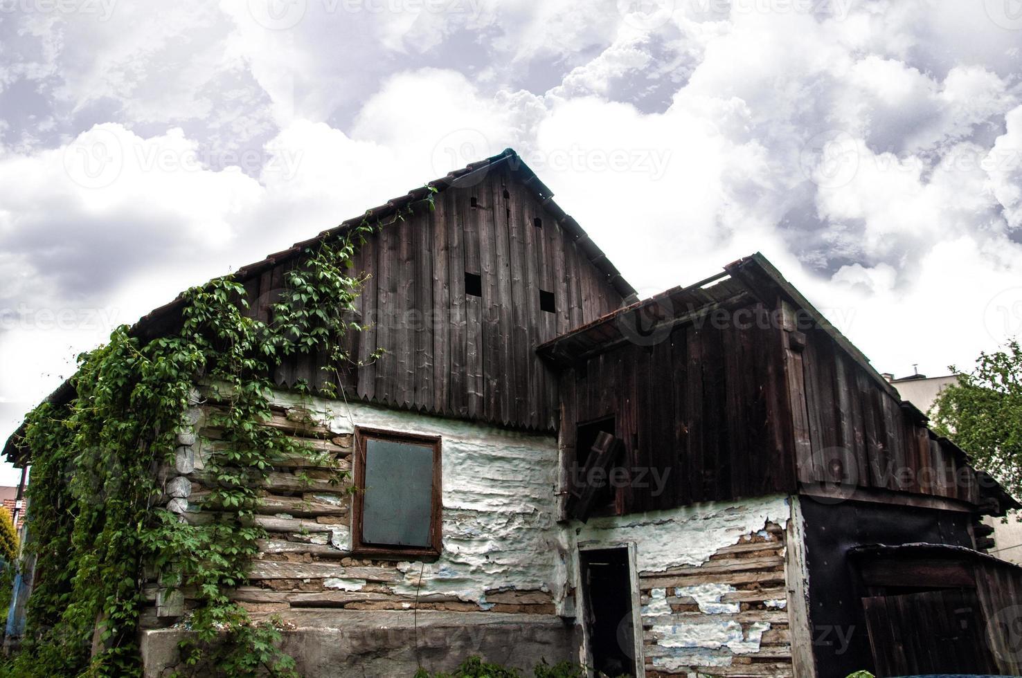 vecchia casa vuota foto