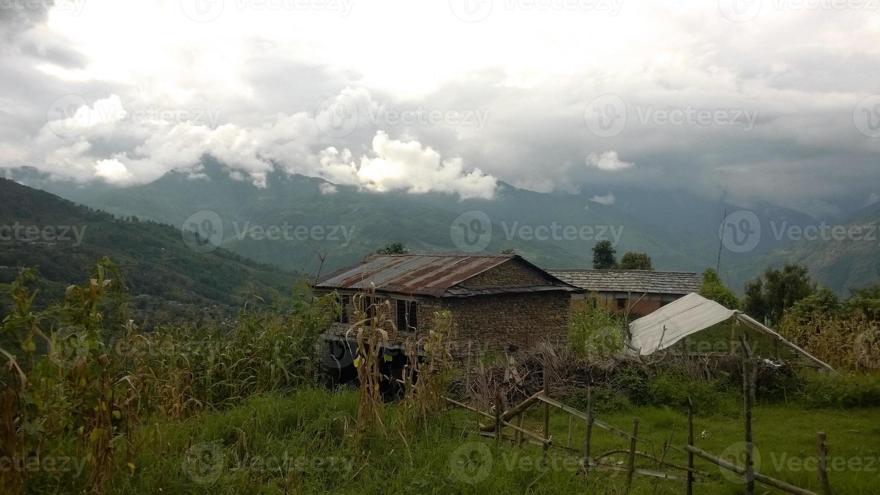 villaggio collinare foto
