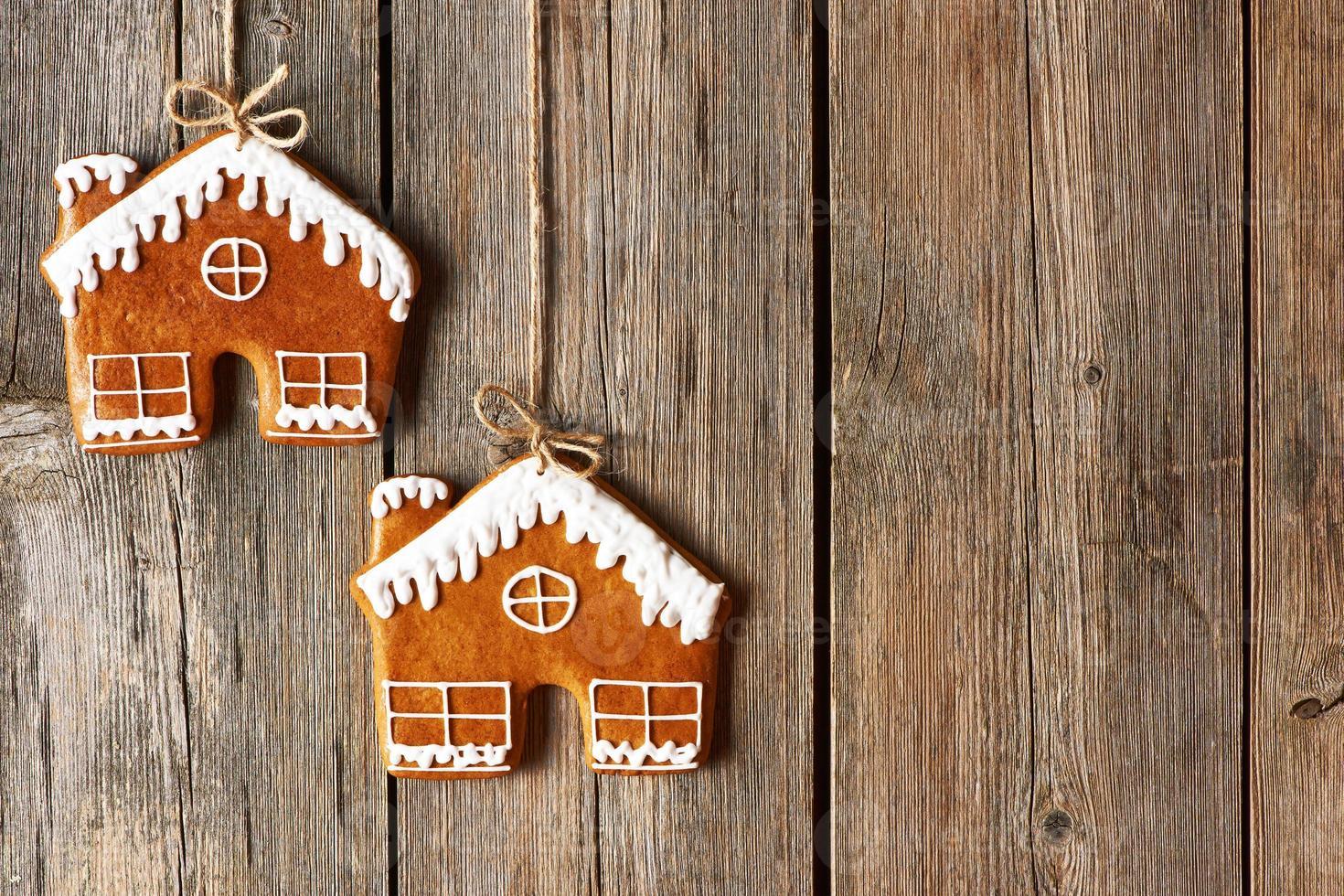 biscotti della casa di pan di zenzero fatti in casa di Natale foto