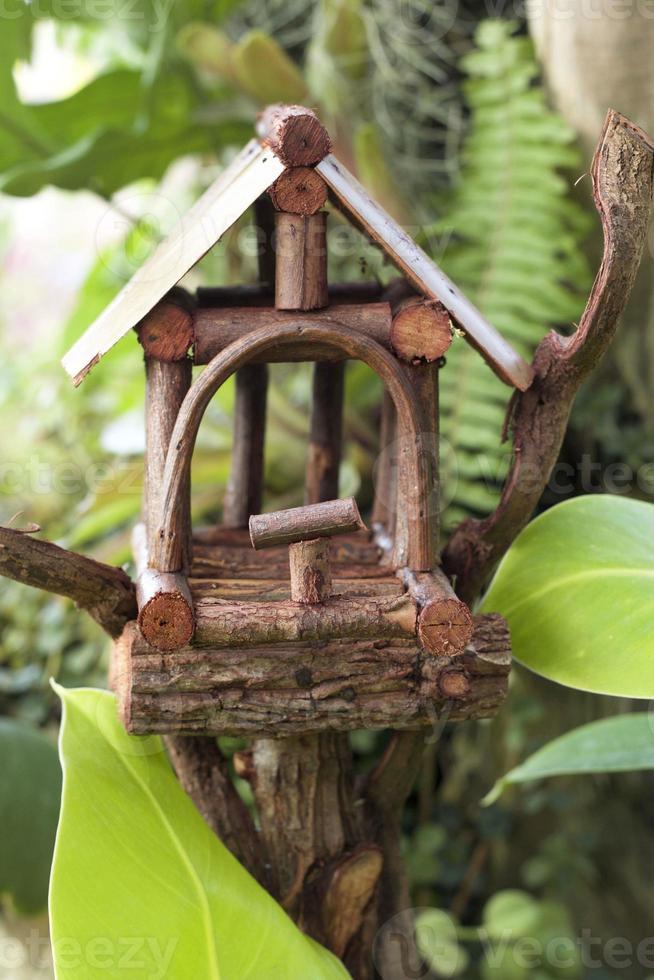 casa degli uccelli nella natura foto