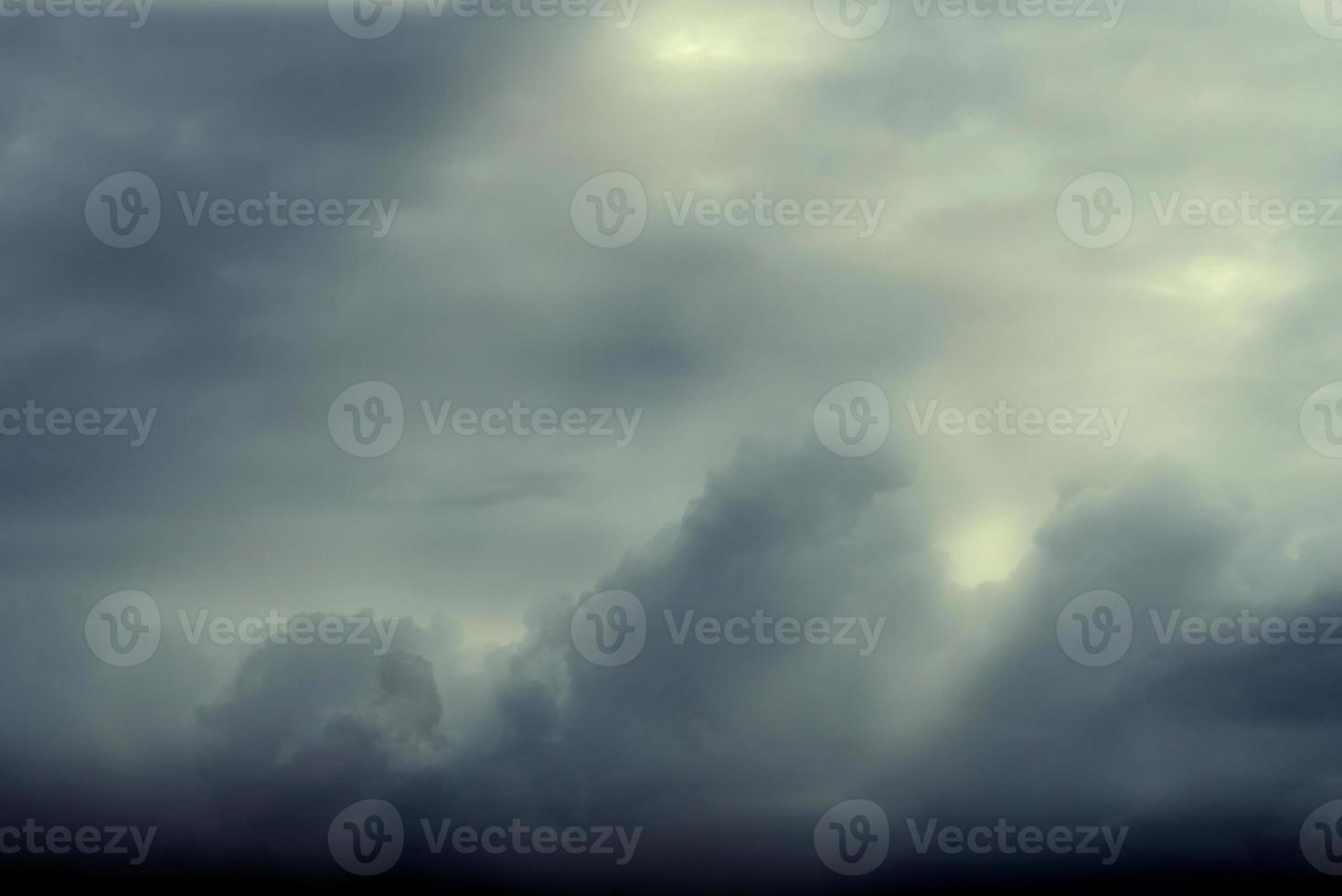 cielo nuvola di pioggia foto
