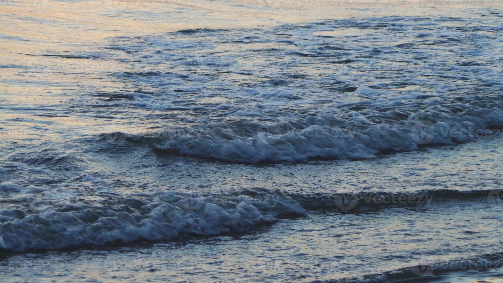 onda di acqua di mare foto