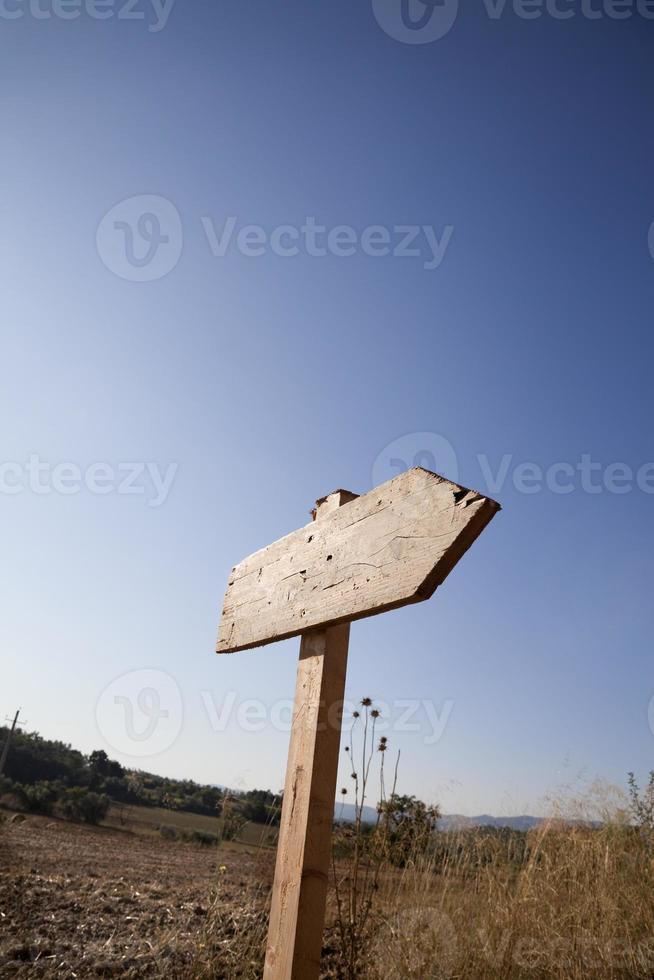 cartello stradale di campagna foto