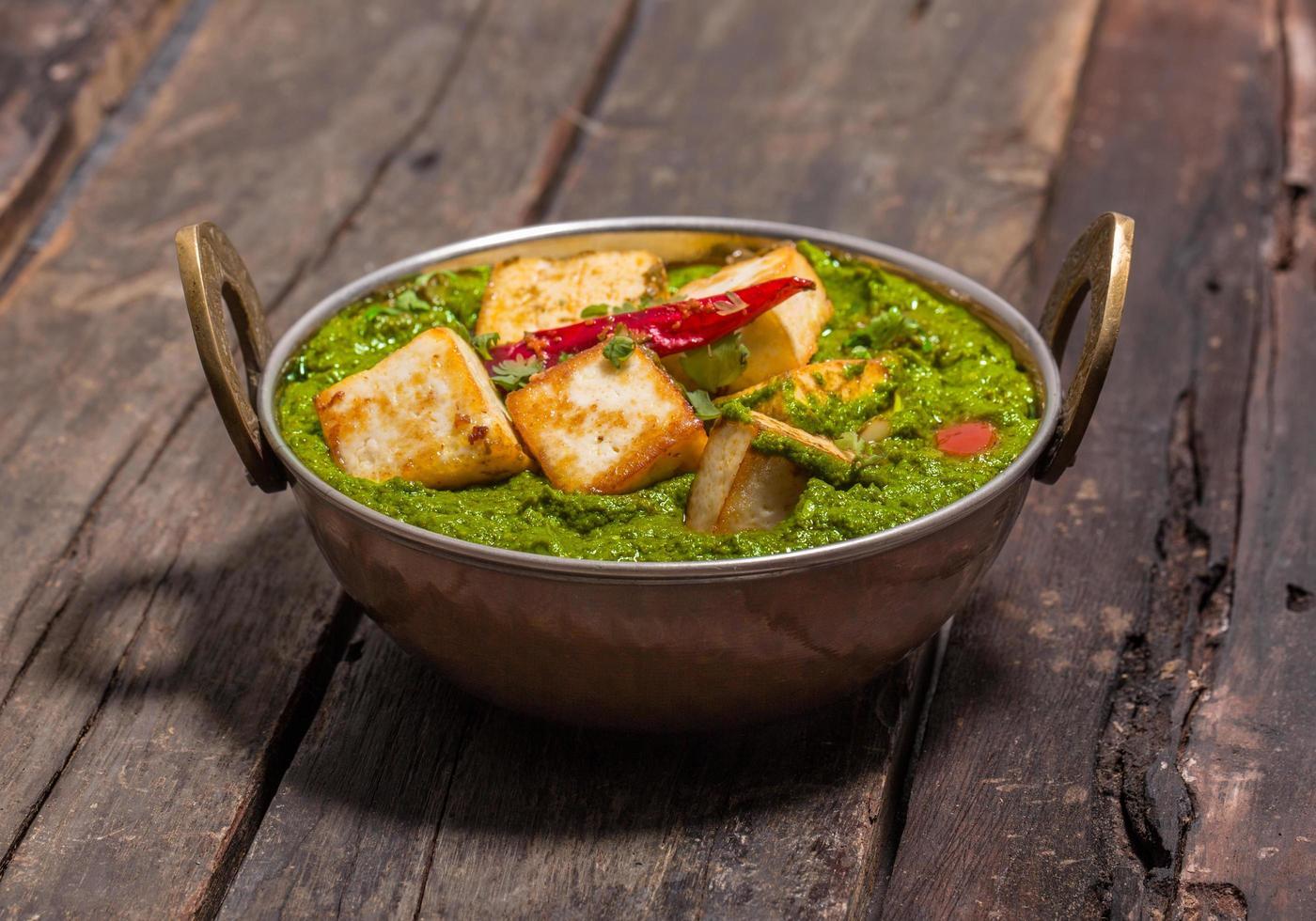 cucina indiana punjabi, palak paneer foto