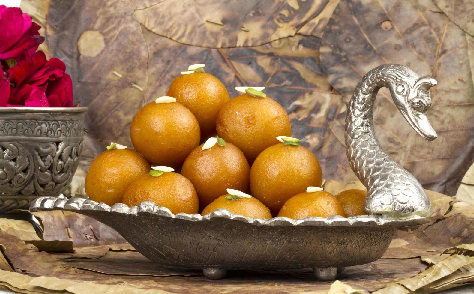 gulab jamun, cibo dolce tradizionale indiano foto