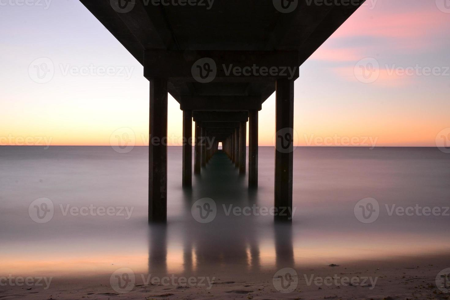 crepuscolo, molo di Brighton, Adelaide foto