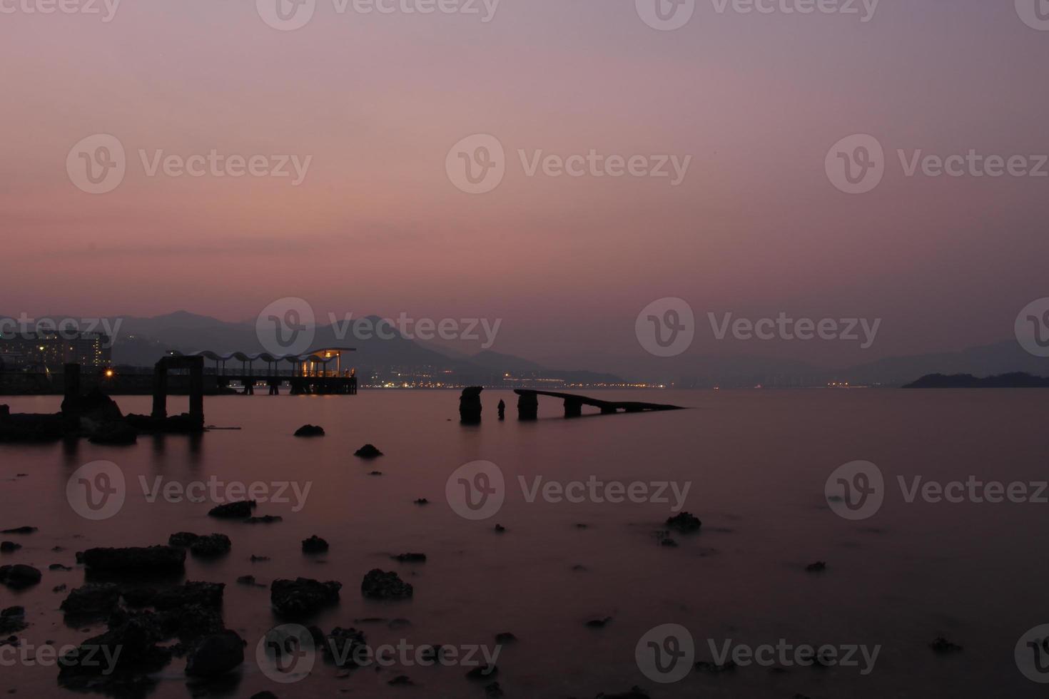 tramonto sulla spiaggia, hong kong foto