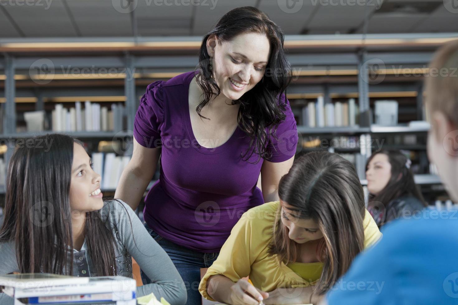 insegnante e studenti foto