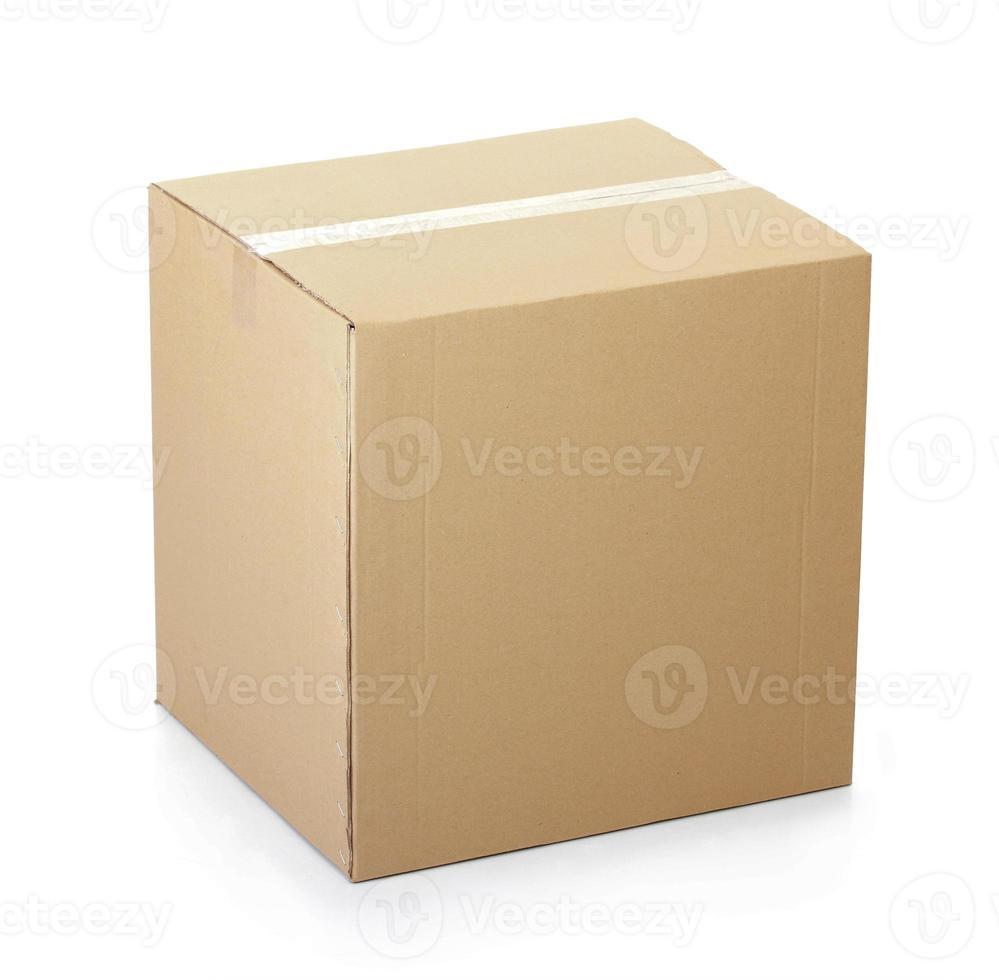 scatola di cartone chiusa con nastro adesivo foto