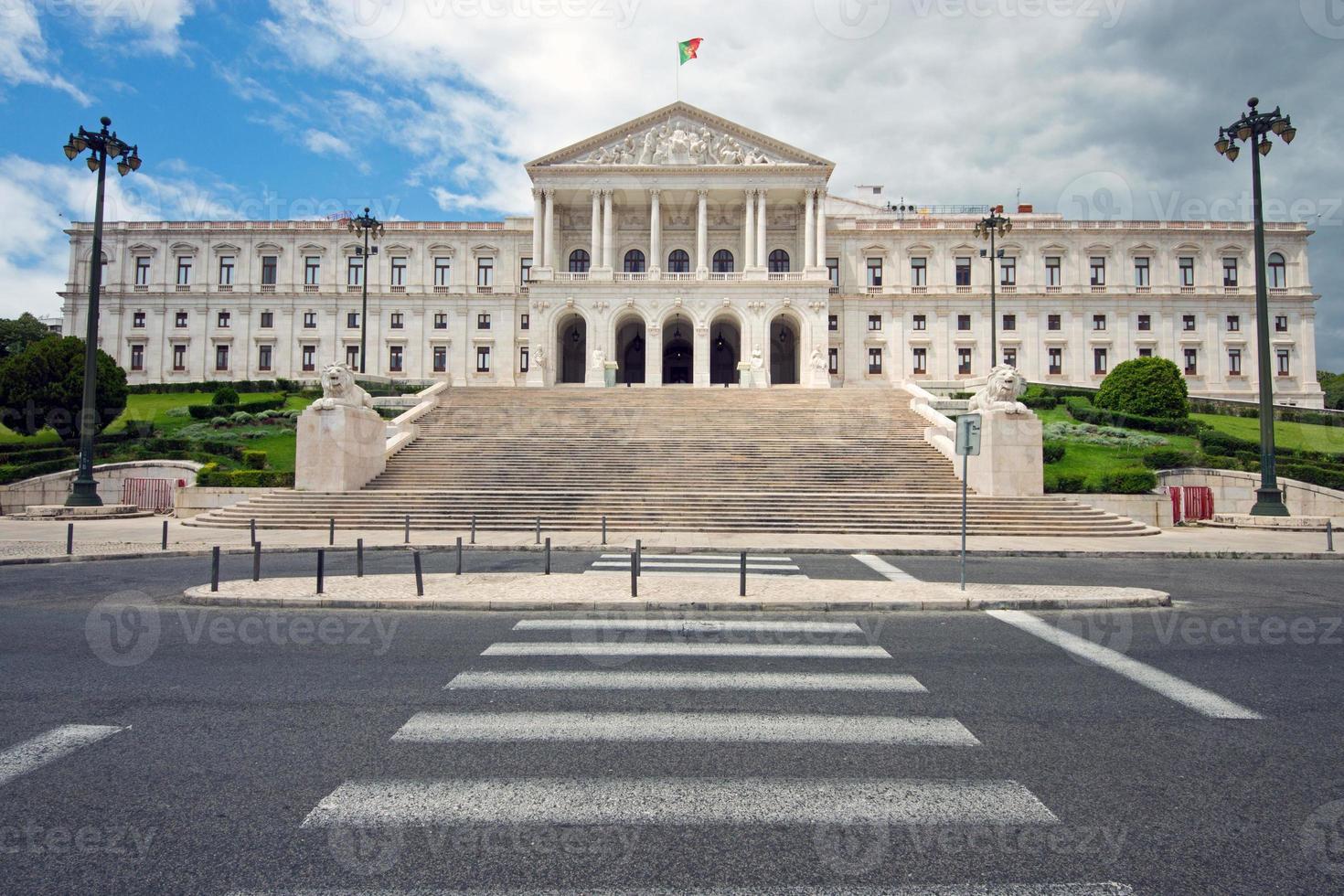 il parlamento portoghese bianco foto