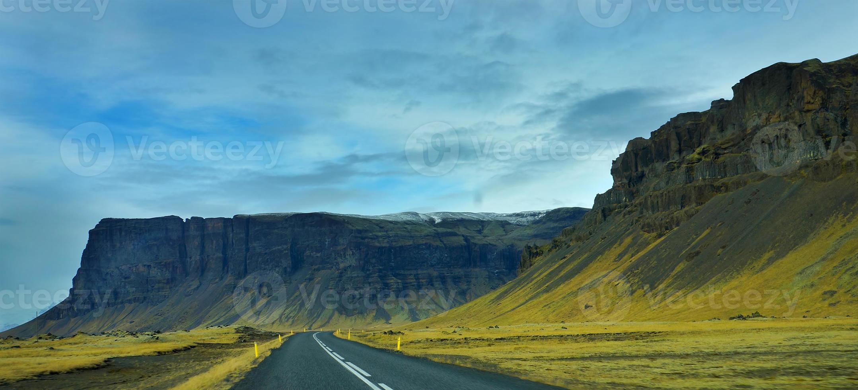 la vista stradale dell'Islanda. foto