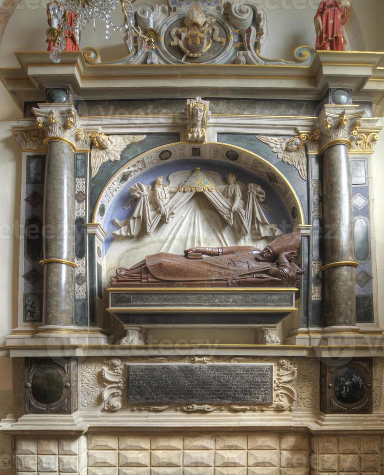 cappella di st. martin nella cattedrale di poznan, in polonia foto