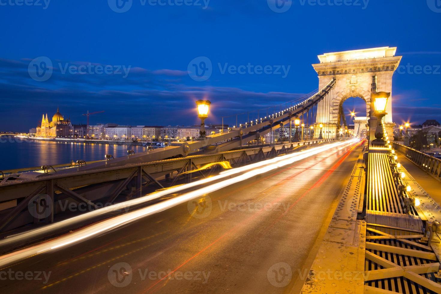 ponte delle catene a budapest ungheria foto