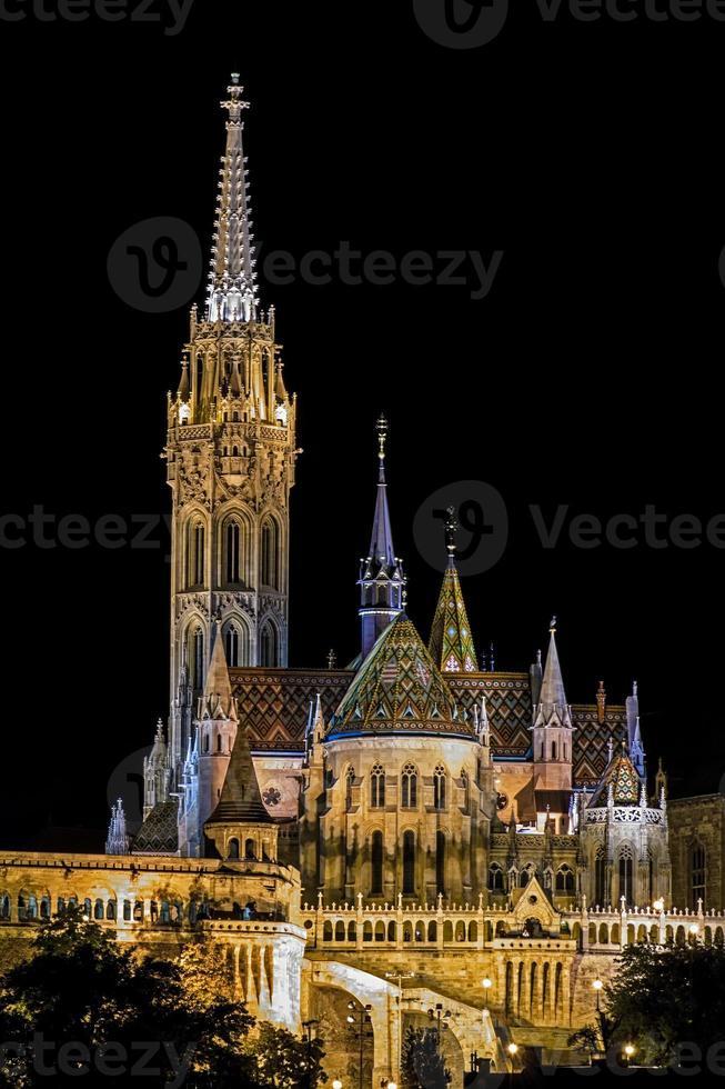 matyas templom a budapest ungheria foto