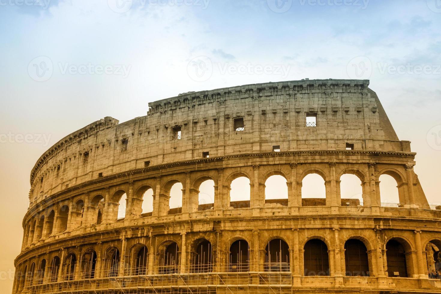 Colosseo a Roma, Italia foto