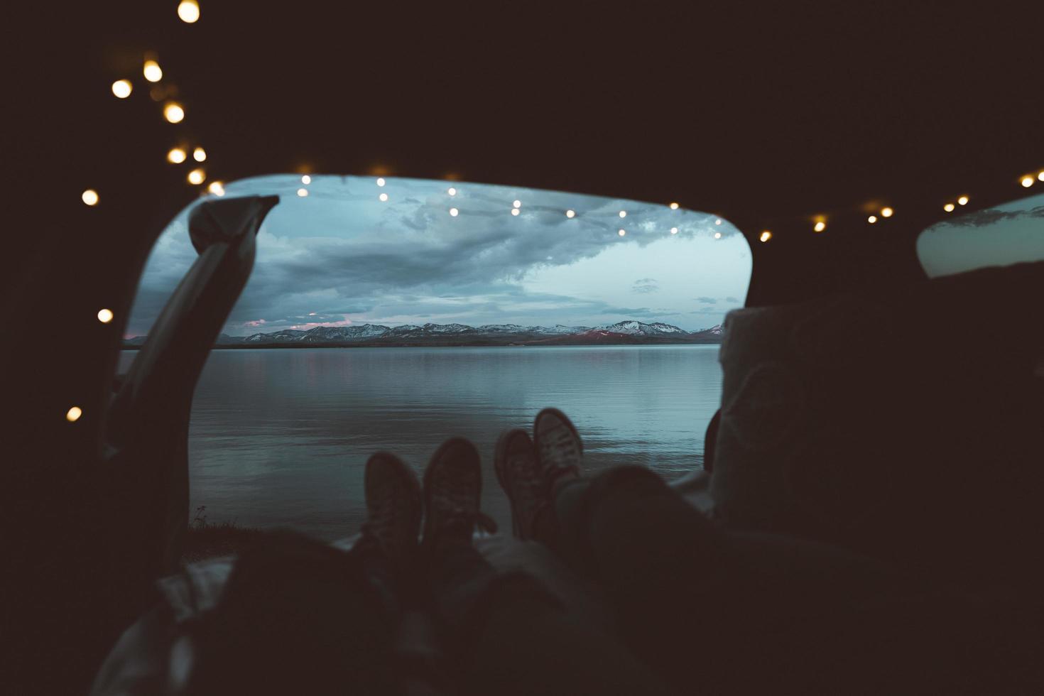 campeggio in auto da viaggio foto