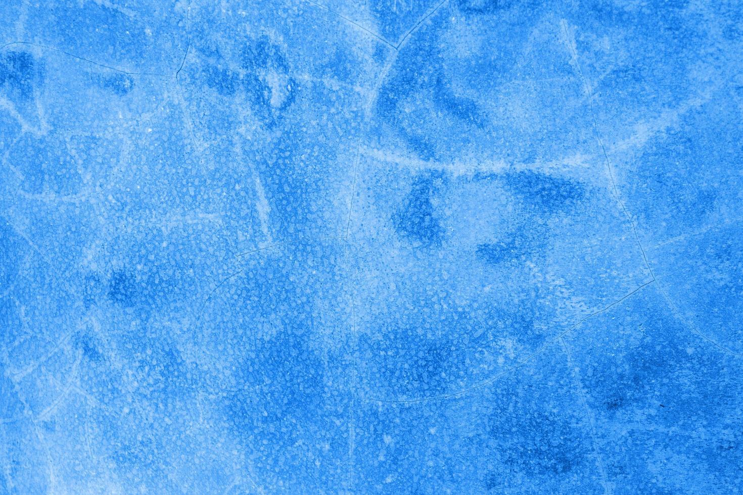 acqua blu della piscina foto