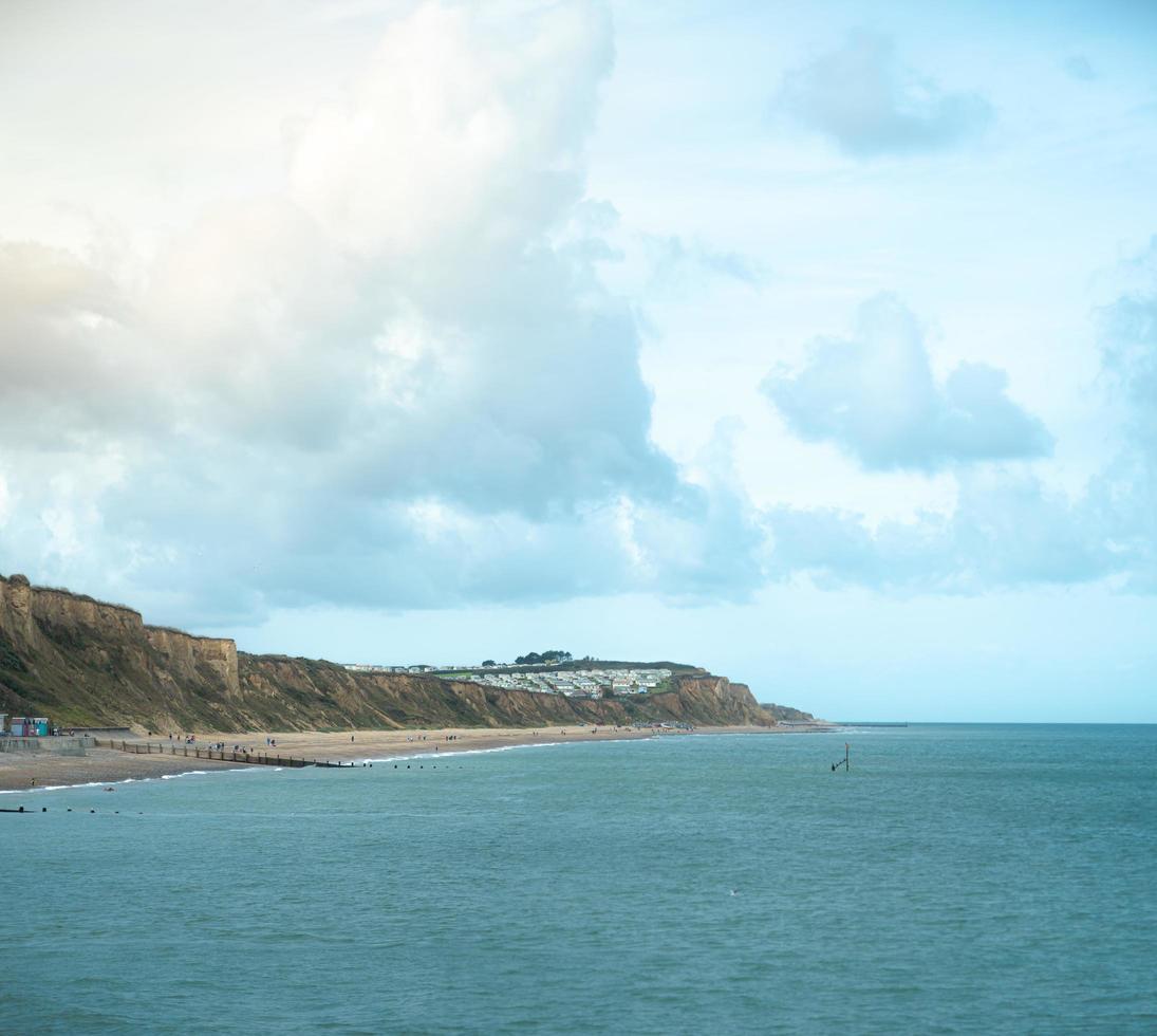 lato spiaggia blu foto