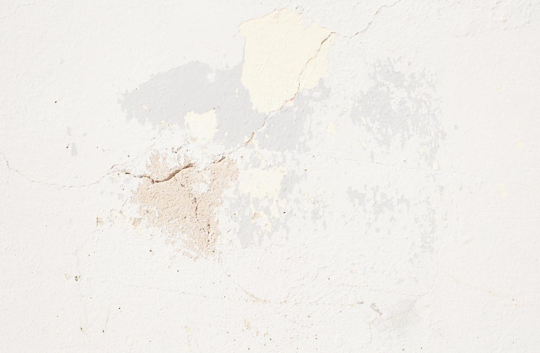 vernice scheggiata di colore neutro foto
