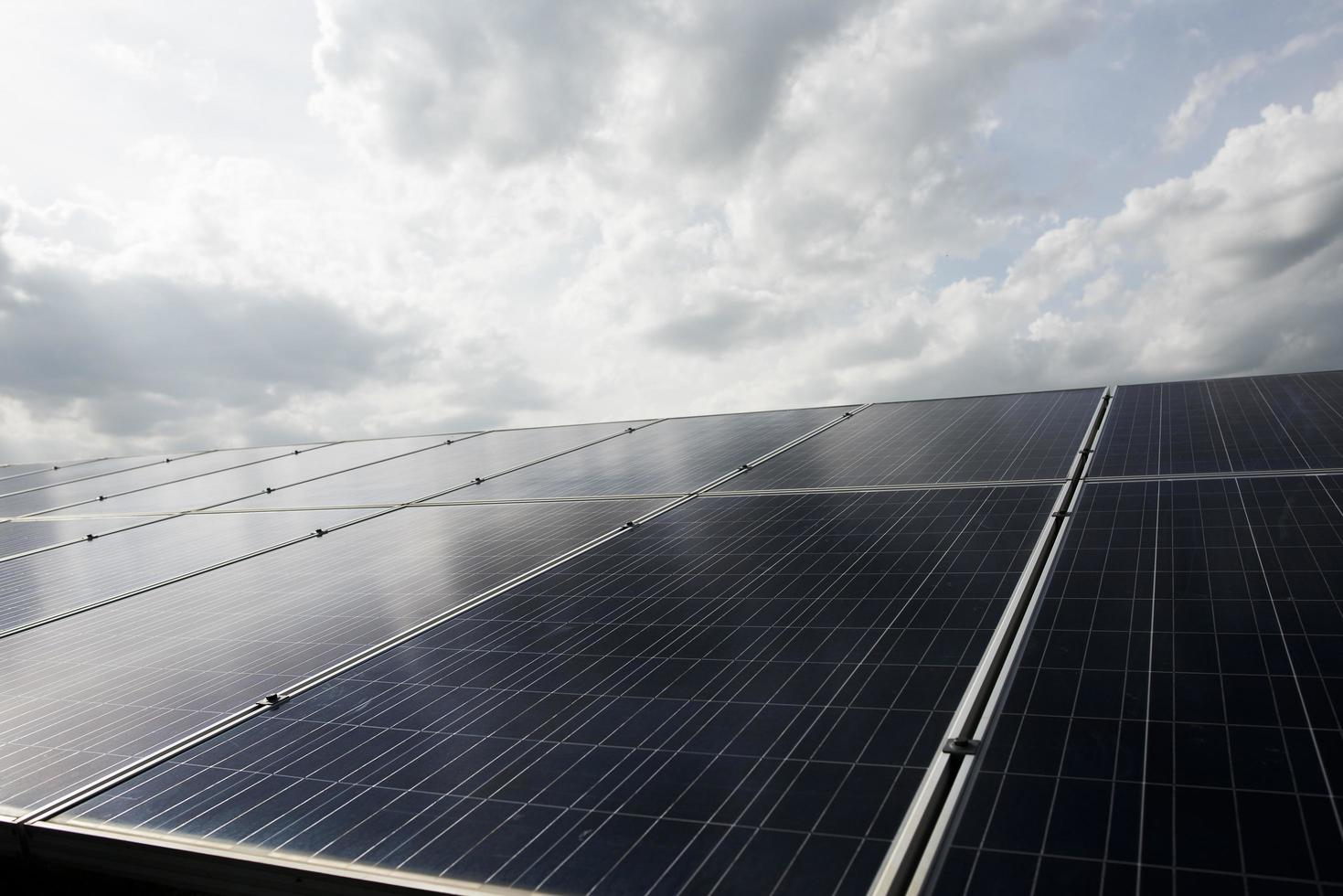 centrale elettrica della fattoria delle celle solari foto