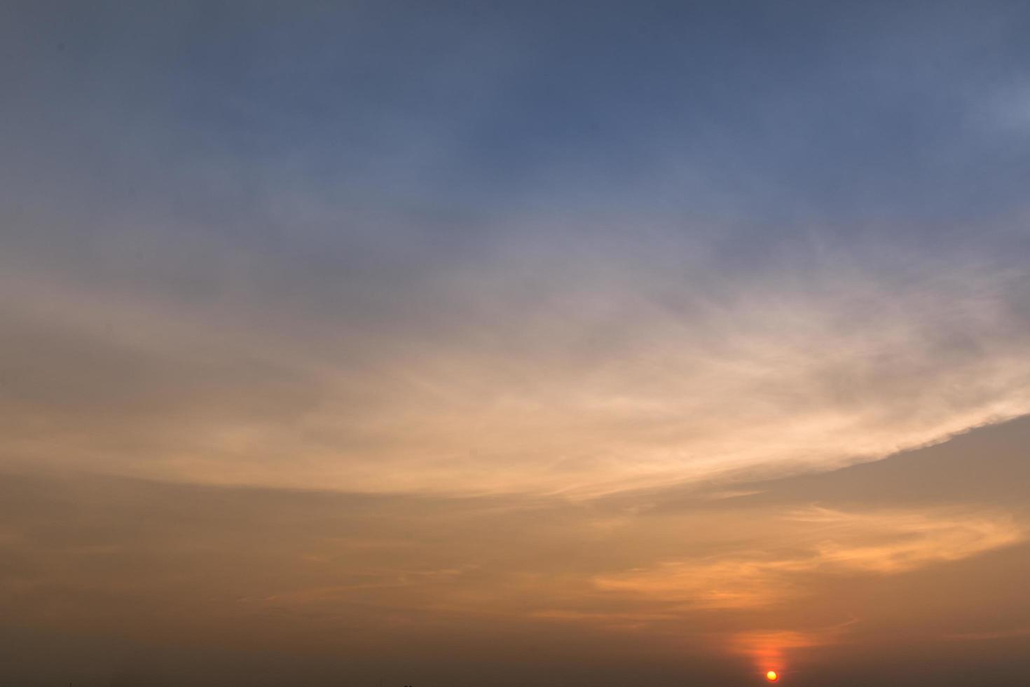 il cielo al tramonto foto