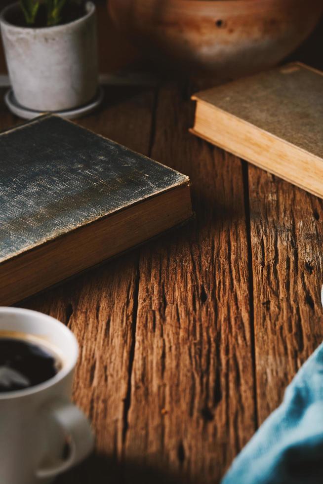 libri e caffè foto