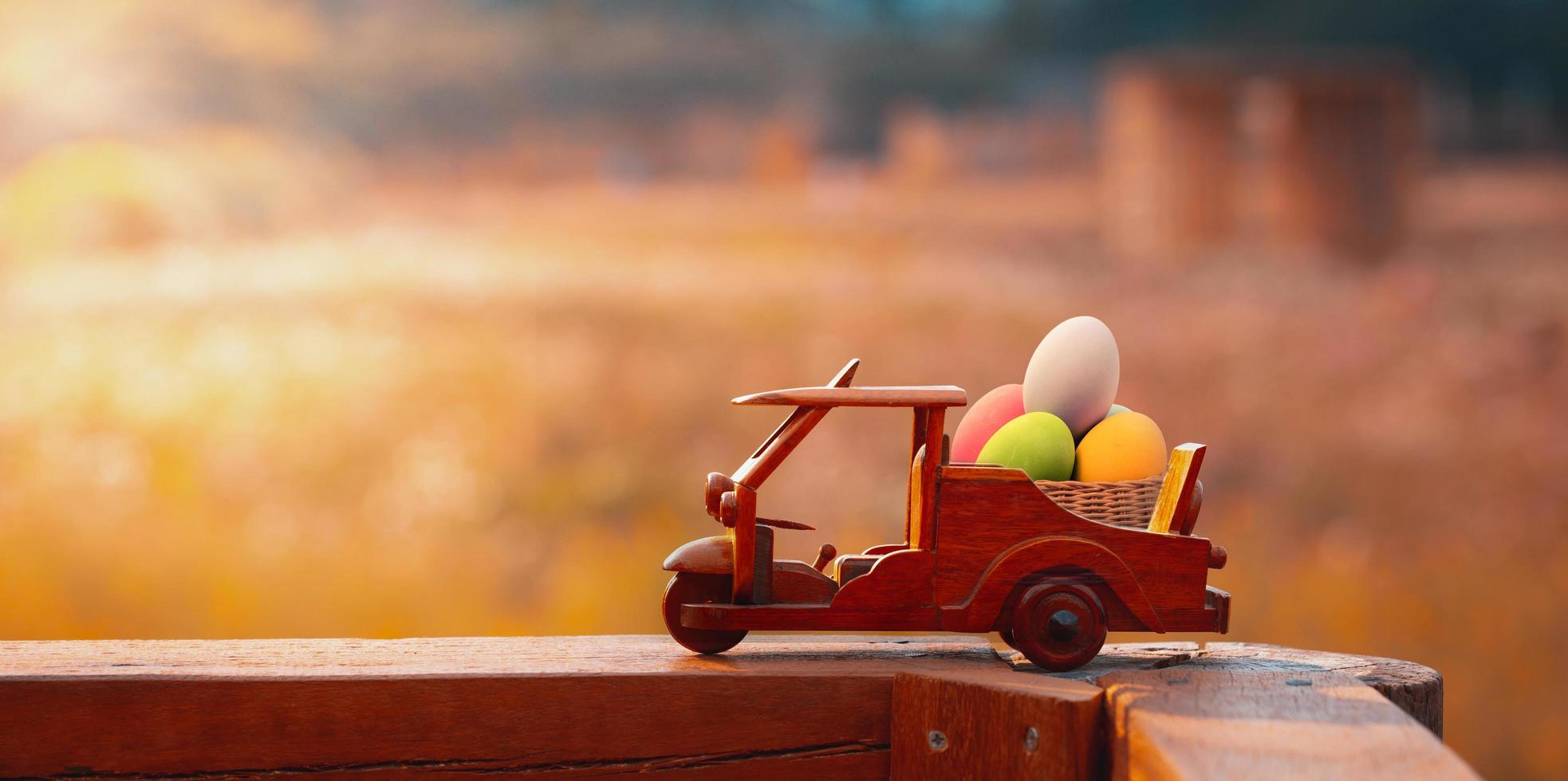 uova in macchinina foto