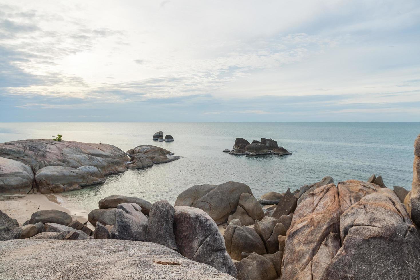 nonno rock a koh samui, thailandia foto