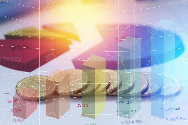 grafico su file di monete foto