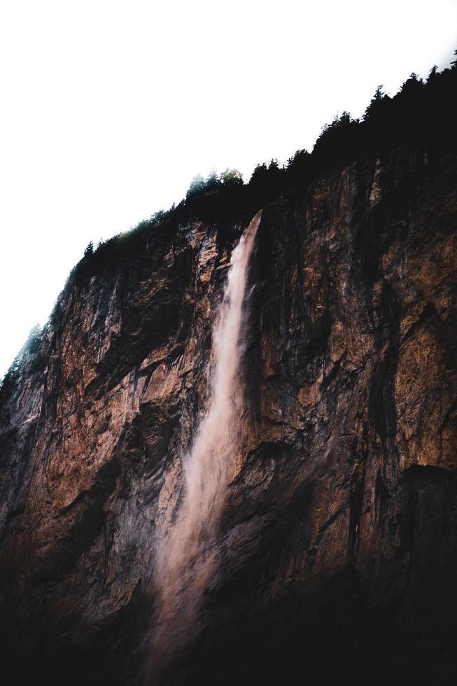 bella cascata in svizzera foto