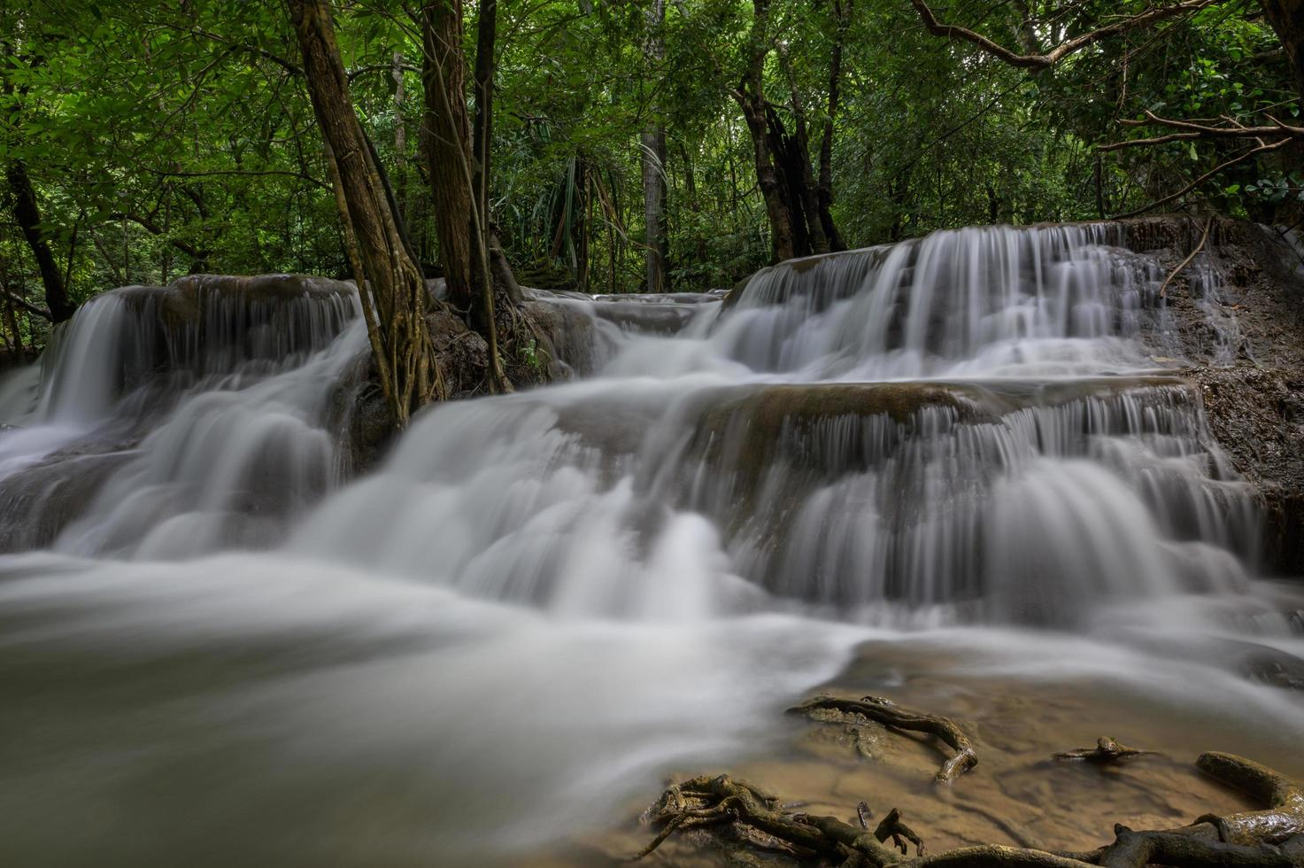 cascate in thailandia foto