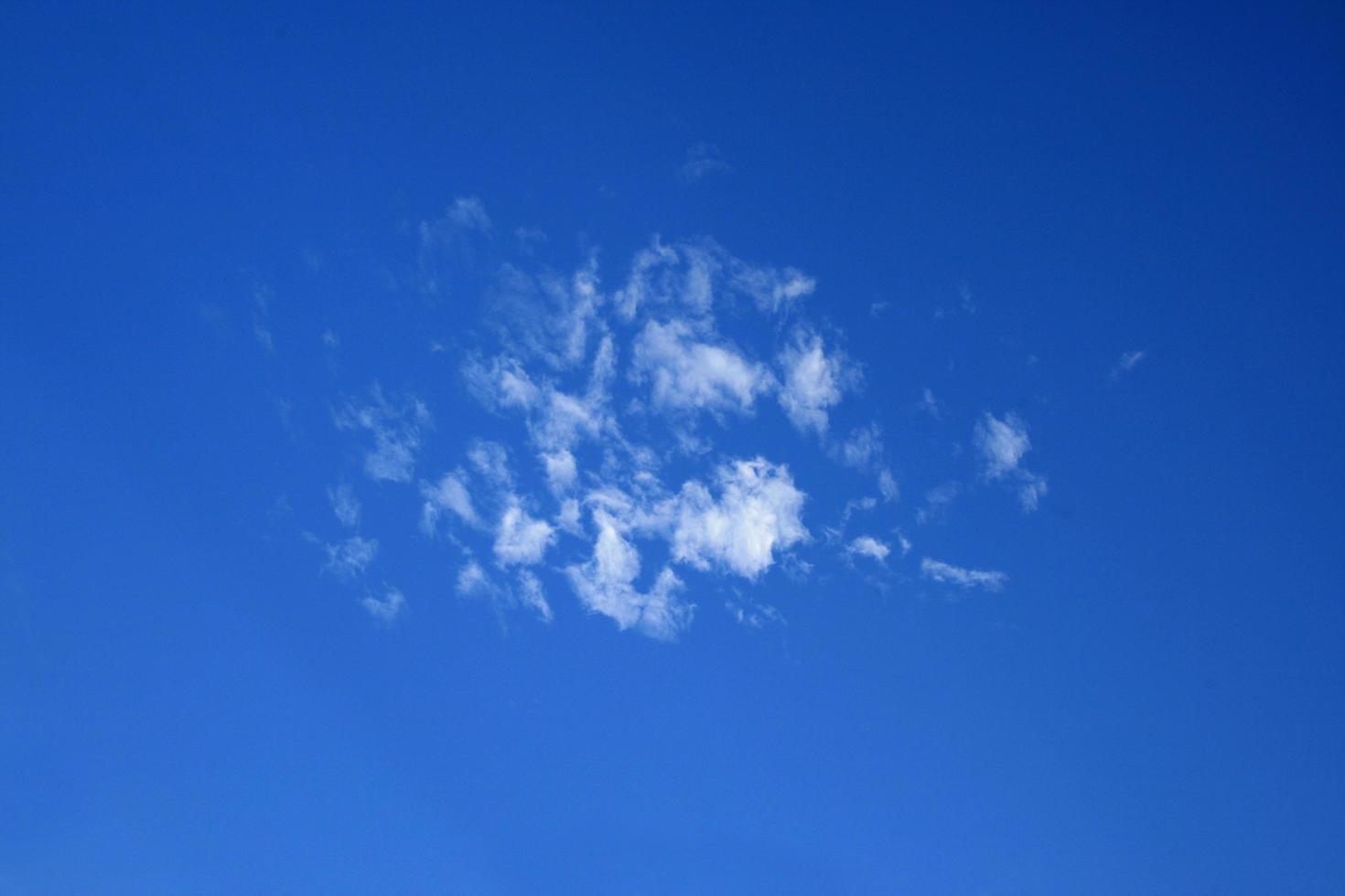 piccolo gruppo di nuvole foto