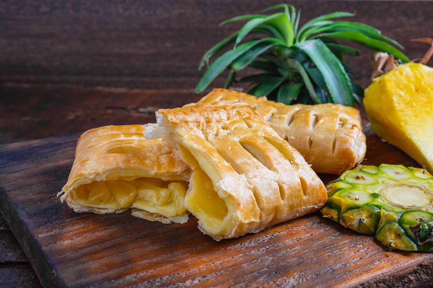 primo piano di torte di ananas foto