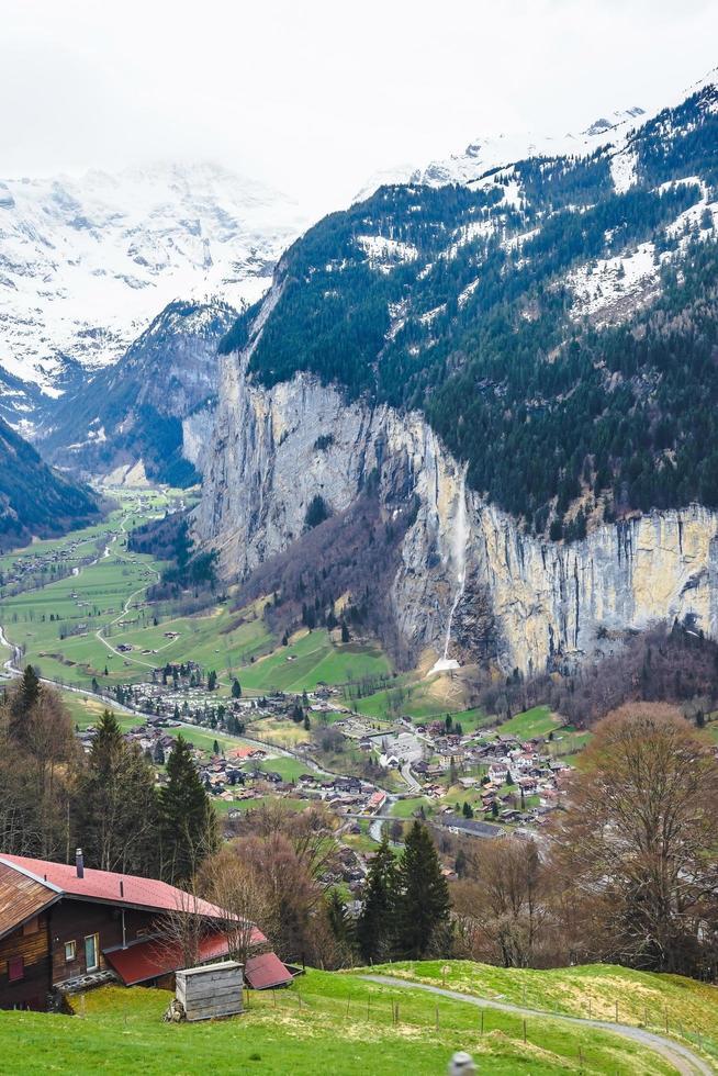 valle di lauterbrunnen in svizzera foto