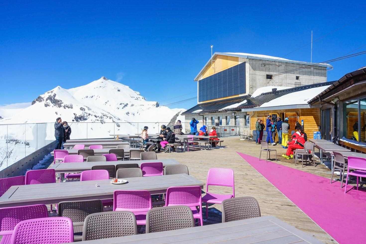 stazione di birg nelle alpi svizzere a murren foto
