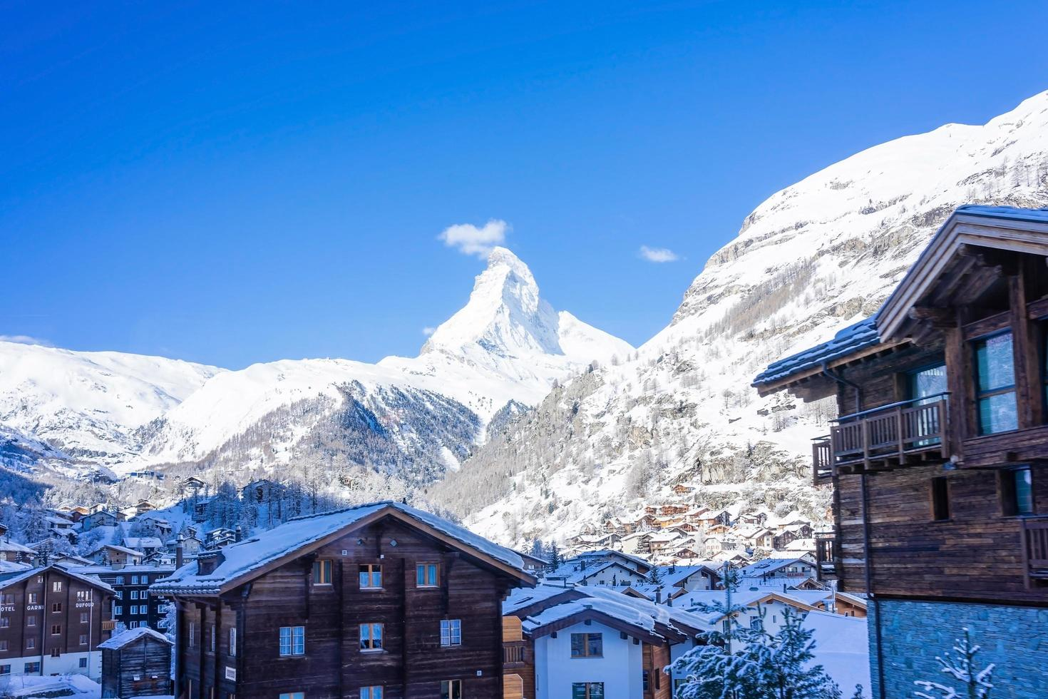 vista del cervino da zermatt in svizzera foto
