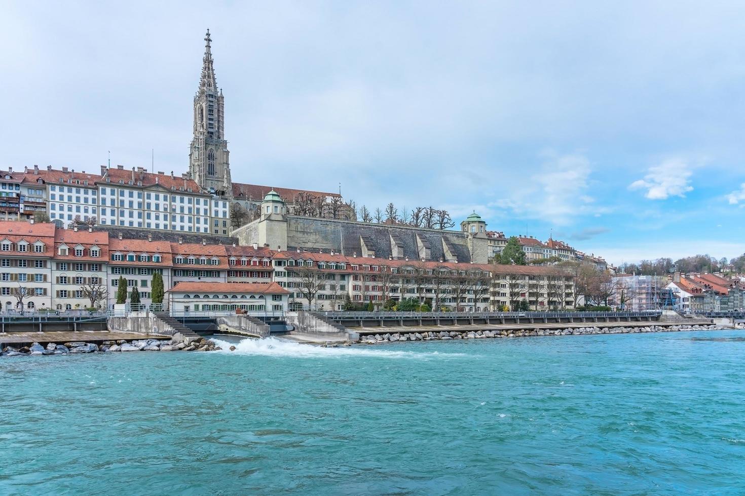 vista panoramica di berna, la capitale della svizzera foto