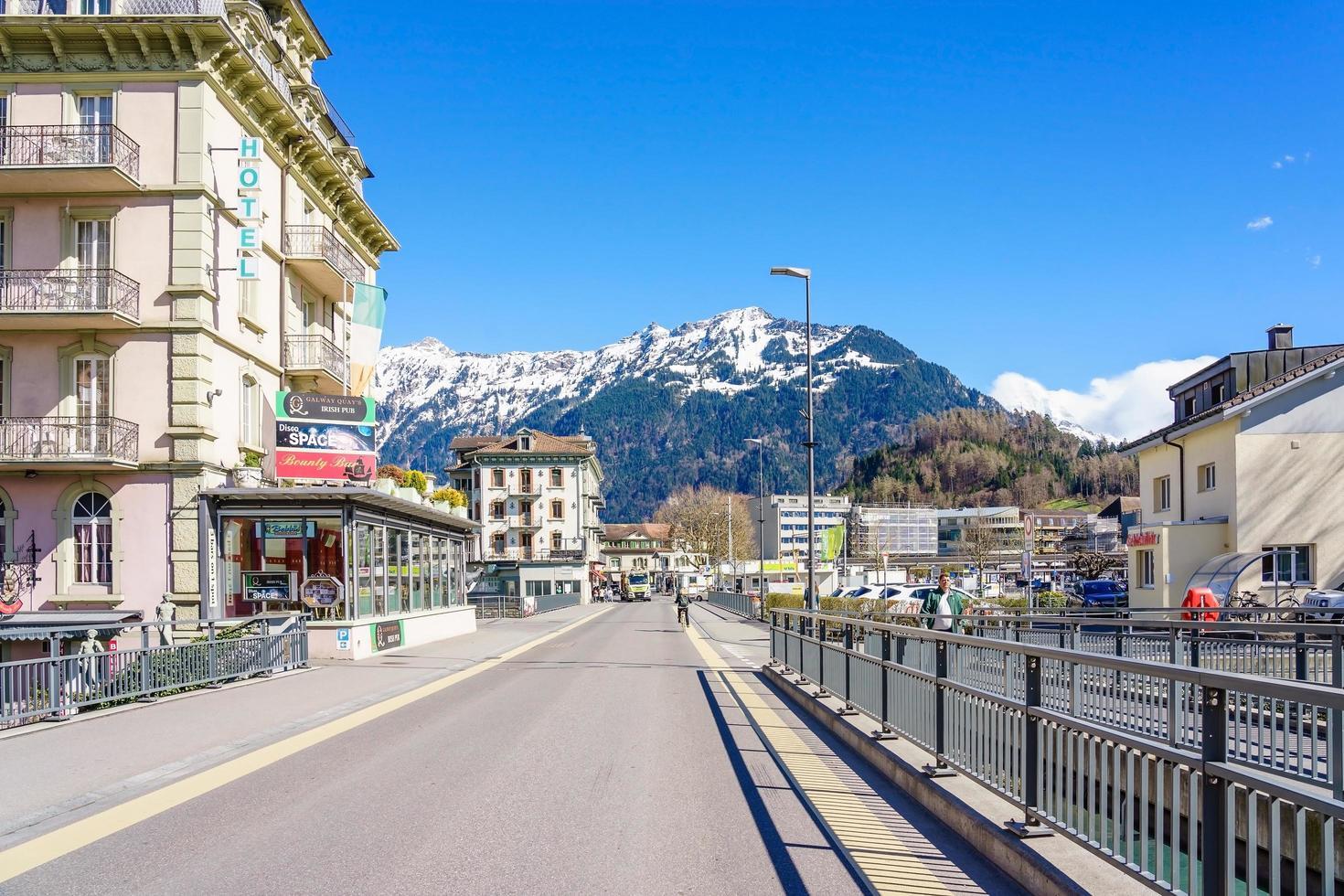 città vecchia di interlaken, svizzera, 2018 foto
