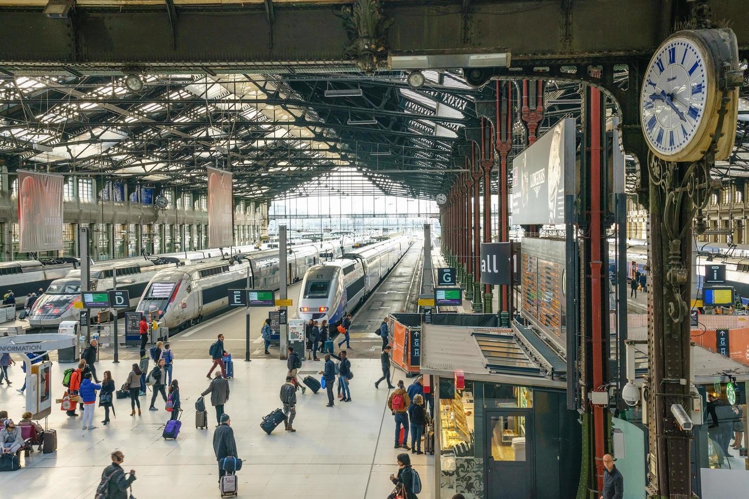 stazione storica gare de lyon, parigi foto