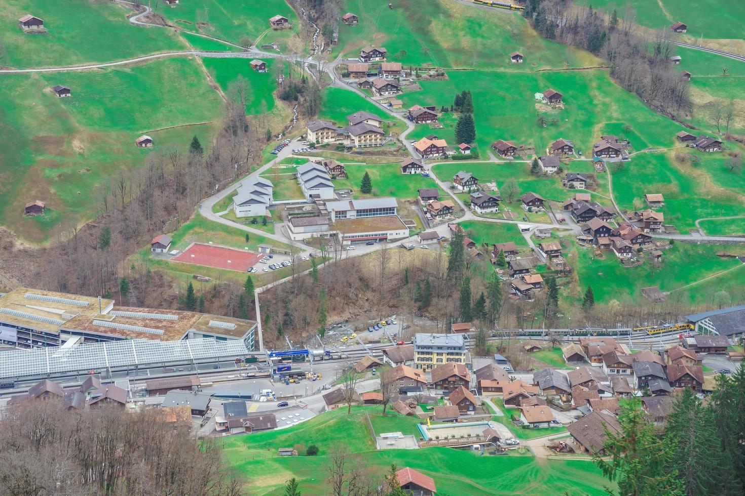 la valle di lauterbrunnen, vicino a interlaken nell'oberland bernese, svizzera foto