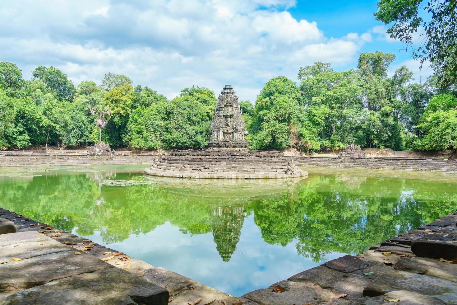 preah neak pean a siem reap, cambogia foto