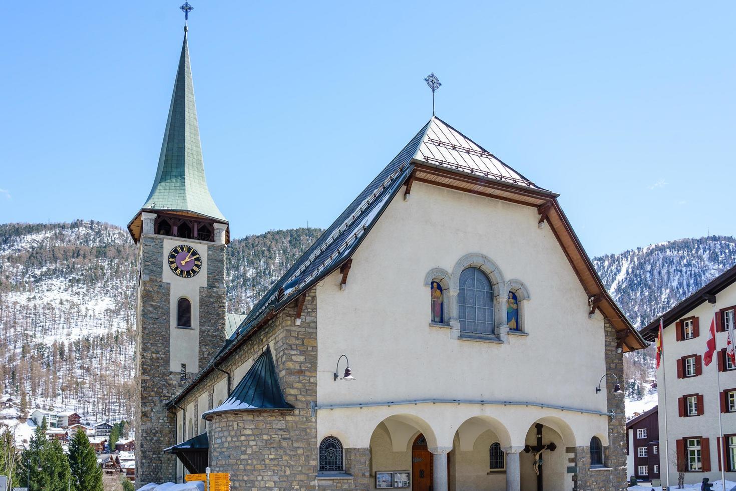 pfarrkirche st. mauritius a zermatt, svizzera foto