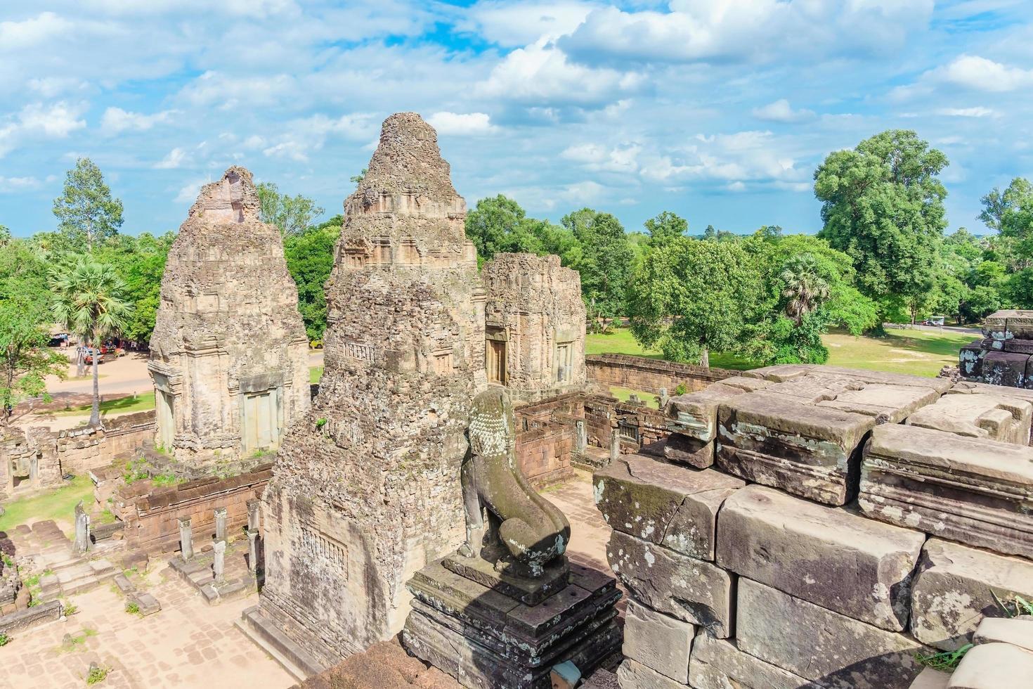 antico tempio buddista pre rup prasat ad angkor wat, cambogia foto
